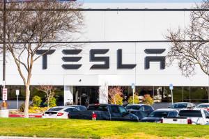 Tesla sprowadza do Europy samochody produkowane w Chinach
