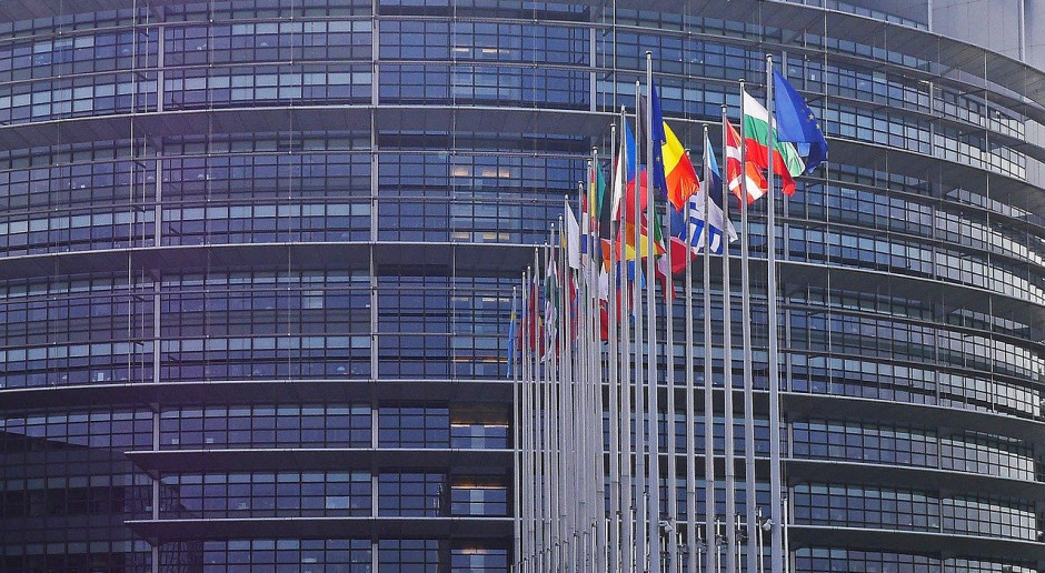 UE: KE zapowiada, że 27 maja przedstawi nowy projekt budżetu i instrument ożywienia