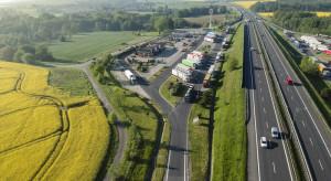 Powstanie 17 stacji ładowania elektryków przy autostradach