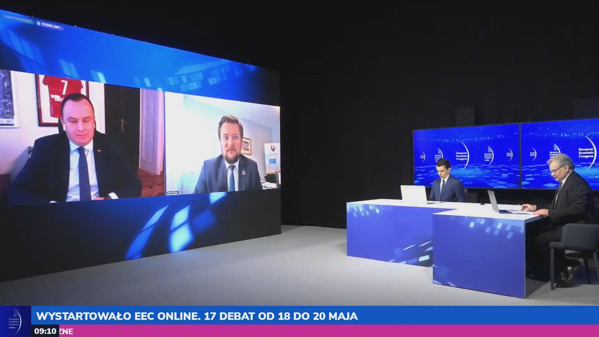 Otwarcia EEC Online dokonali (od lewej) marszałek województwa śląskiego Jakub Chełstowski oraz prezydent Katowic Marcin Krupa. Fot. PTWP