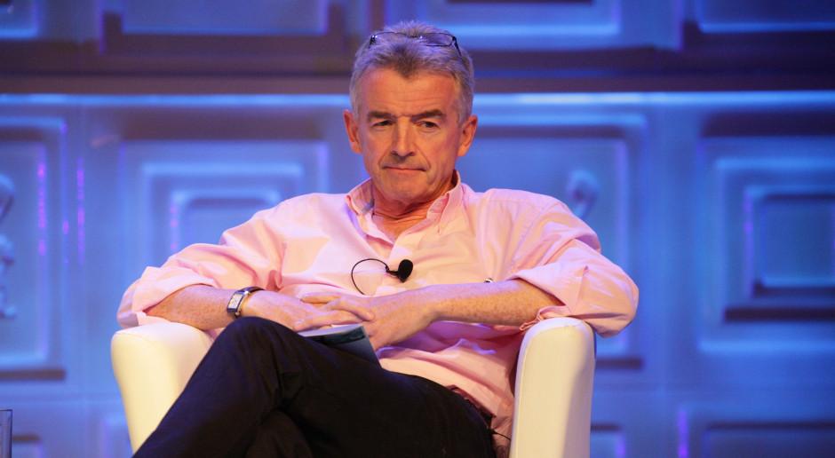 """Mocne słowa o szefie Ryanaira: """"kolonizator, który poucza głupich tubylców"""""""