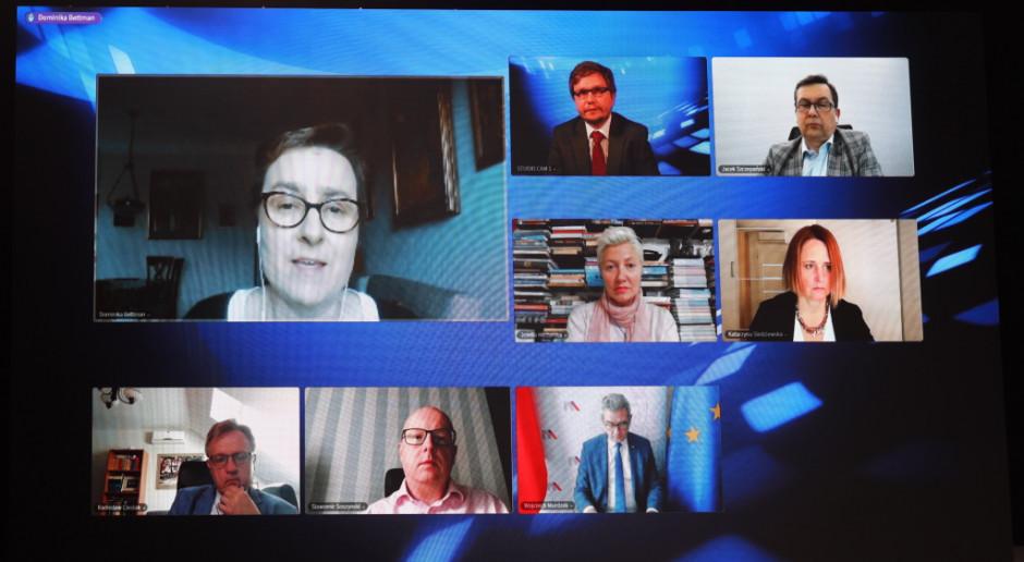 Prezeska Siemens Polska: zdalna obsługa procesów produkcji w oku cyklonu