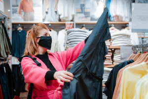 Ponad połowa Polaków odwraca się od galerii handlowych. Nowe wyniki