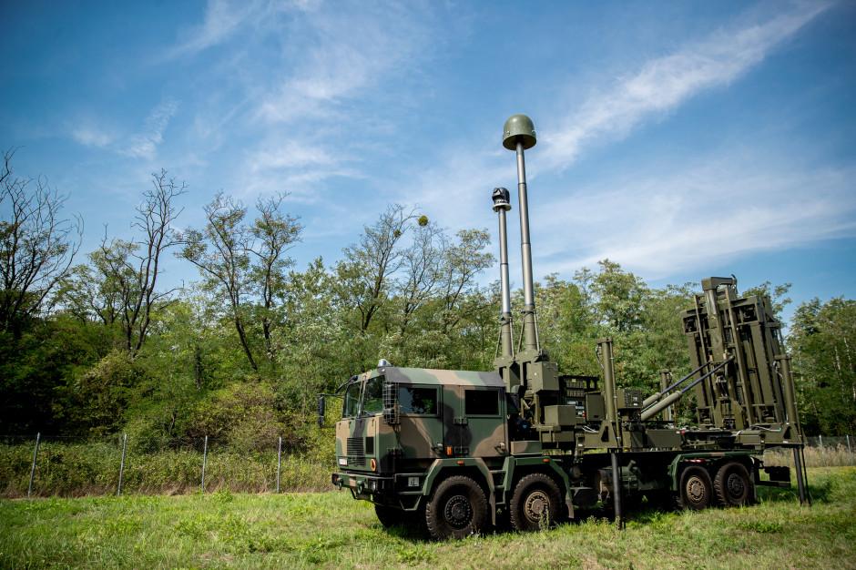 MBDA i PGZ zaprezentowały podczas MSPO 2019 zestaw obrony powietrznej wyrzutni pocisków CAMM na podwoziu polskiego samochodu Jelcz 8x8, fot. MBDA