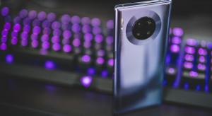 Huawei zaprezentował telefon z funkcją termometru bezkontaktowego