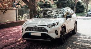 Toyota wprowadza na rynek pierwszego SUV-a plug-in