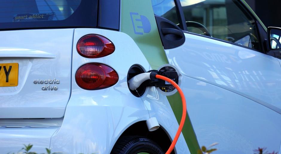 Łódź: Firma z Krakowa postawi ponad 150 stacji ładowania aut elektrycznych