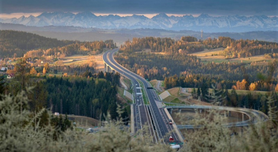 GDDKiA: trwa budowa ponad 1200 km szybkich dróg