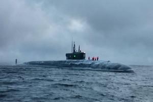 Najnowszy rosyjski atomowy okręt podwodny przybył do bazy