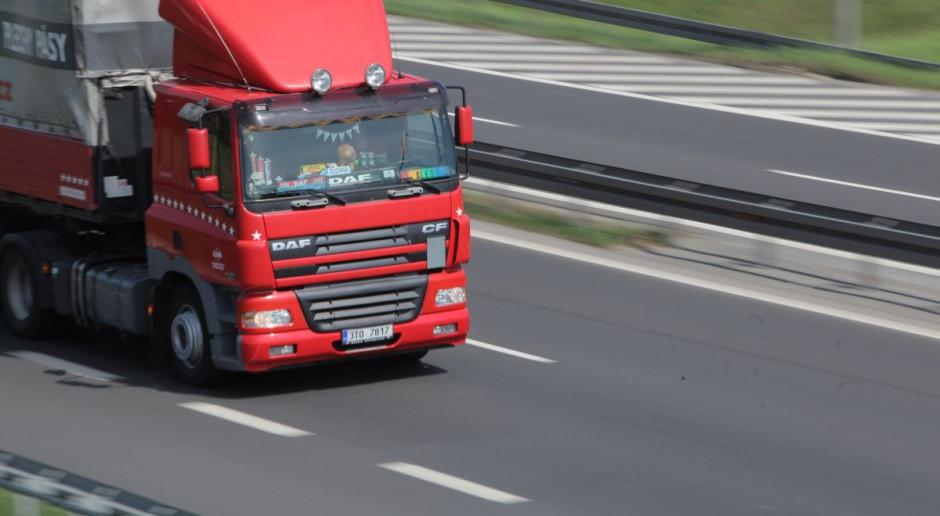 Długi firm transportowych sięgają blisko miliarda złotych