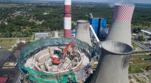 Nieczynny komin Elektrowni Łagisza zostanie wyburzony