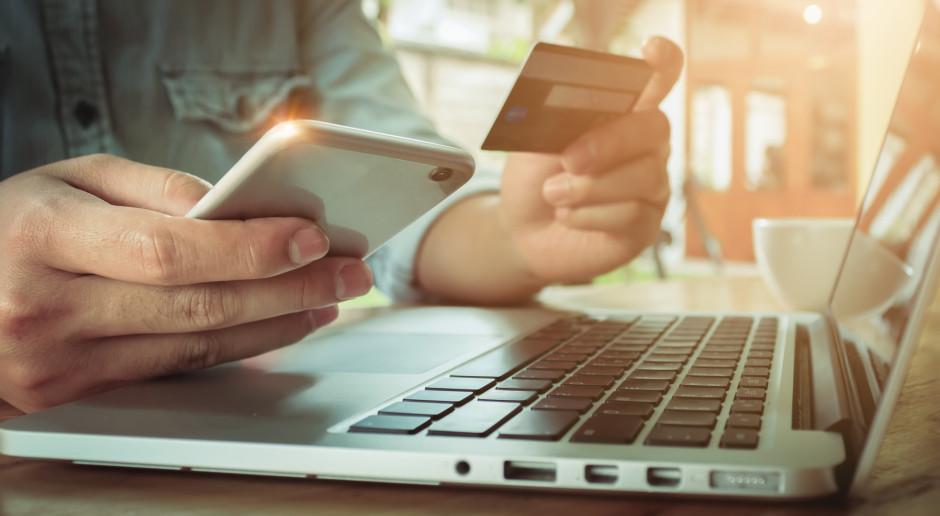 W kilka tygodni udział e-commerce w polskim handlu wzrósł dwukrotnie