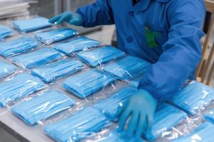 Inwestorzy oszaleli na punkcie polskiej maseczki biobójczej. Kurs 80 proc. w górę