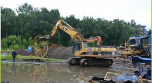 Trwa likwidacja wieży szybu dawnej kopalni Śląsk