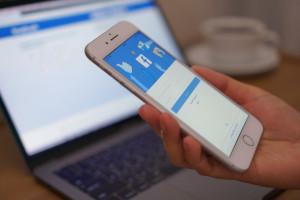 Facebook będzie walczyć z dezinformacją na temat COVID-19