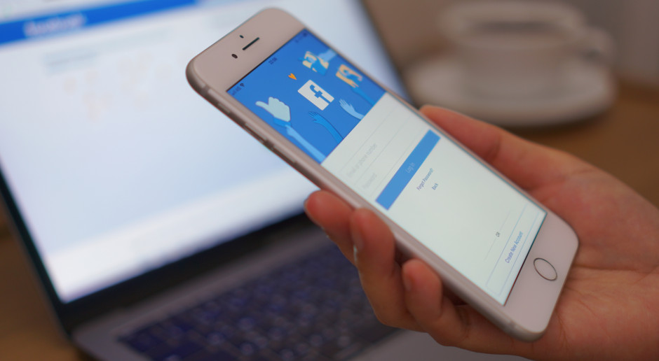 Facebook wprowadza surowsze regulacje dotyczące grup