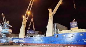 Potężna maszyna, która wydrąży tunel w Świnoujściu, już płynie do Polski