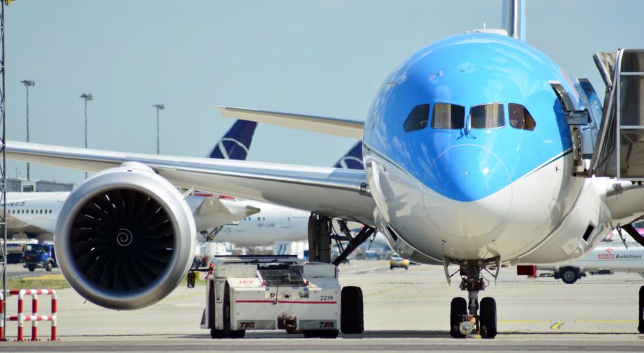 Mniej pasażerów na polskich lotniskach. Tylko jeden port ma powody do radości