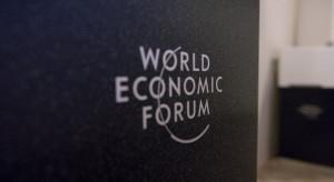 Światowe Forum Ekonomiczne w Davos przełożone na lato 2021 r.