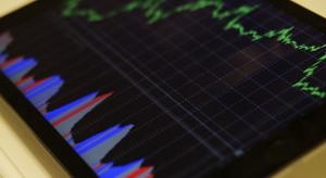 Dzień na GPW: Indeksy kontynuowały spadki lecz pozostały relatywnie silne
