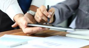 Mniej kredytów udzielonych z udziałem pośredników finansowych