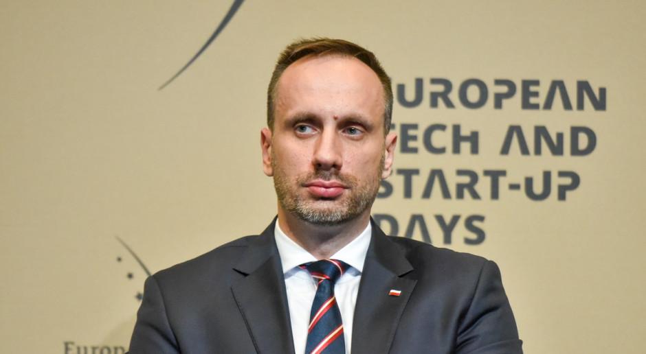 """Ostry komentarz po dymisji w rządzie. """"Górnictwo i energetyka pod dyktando komisarzy unijnych"""""""
