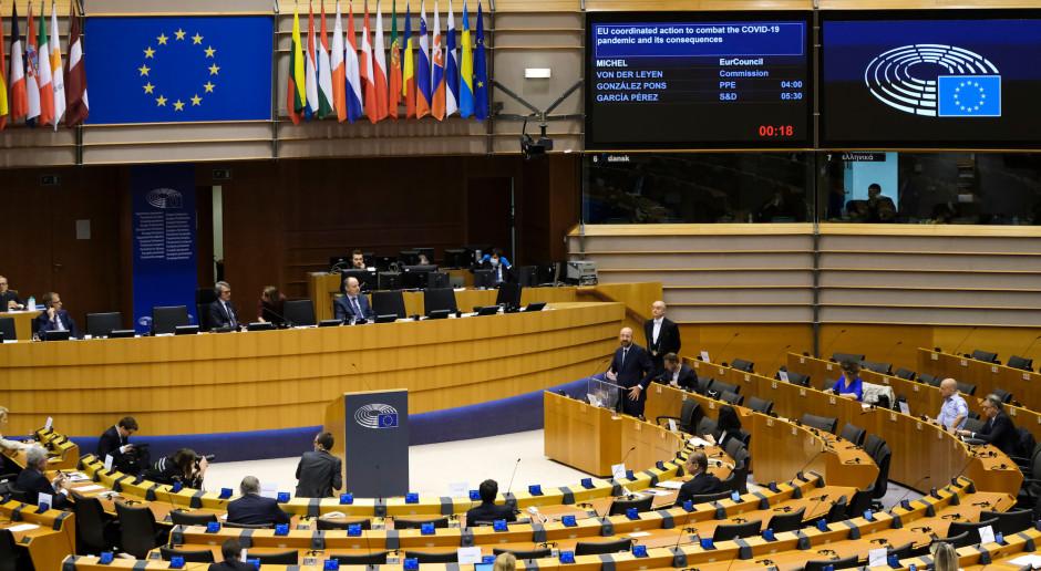 UE: Z PE spływają gratulacje dla Joe Bidena