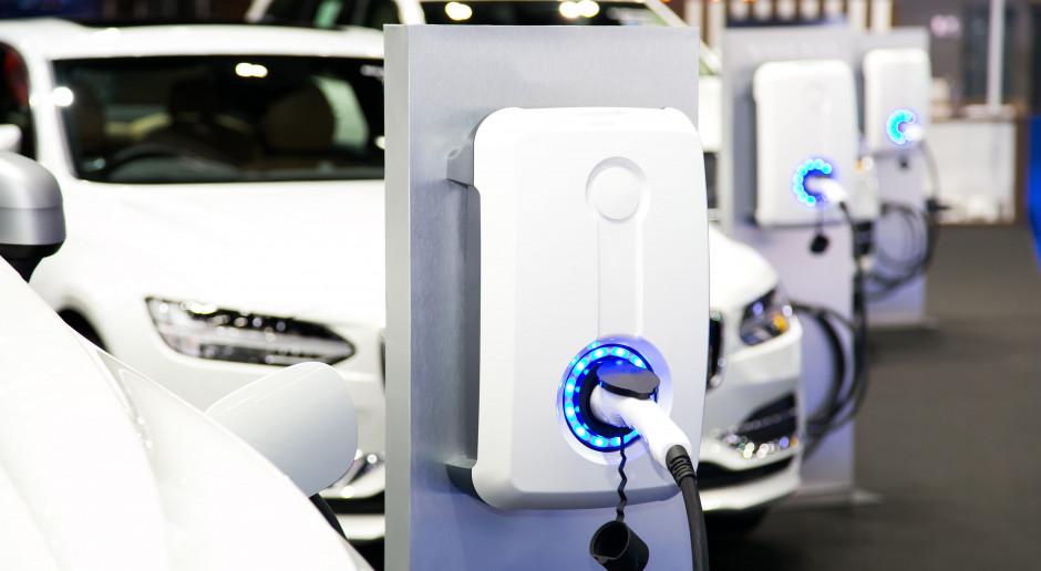 Za przejazd 100 kilometrów elektrykiem możemy zapłacić mniej niż 10 zł