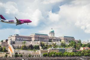 Wizz Air chce liderować w Polsce. Nie ogląda się na LOT