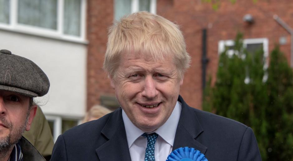 W. Brytania: Johnson: Konieczne może być dalsze zaostrzenie restrykcji