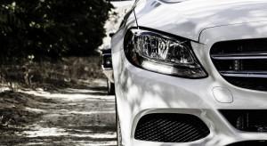 Daimler zapłaci 2,2 mld dol za nadmierną emisję spalin