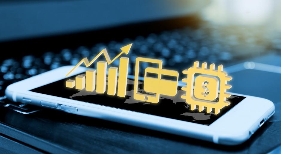 Fintechy mocno namieszają na rynku bankowym? Ekspert odpowiada