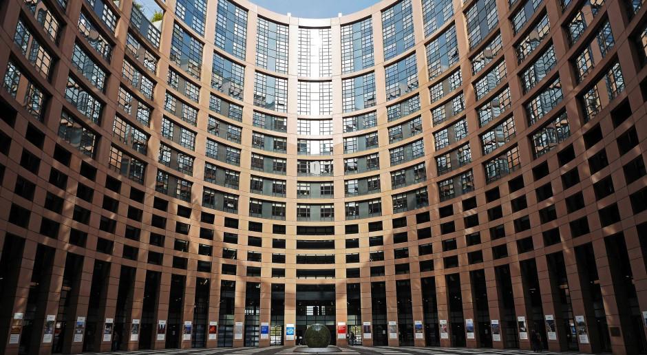 Parlament Europejski przyjął rezolucję w sprawie praworządności w Polsce