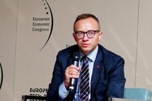 Artur Soboń: żaden pracownik spółki węglowej nie zostanie bez wsparcia