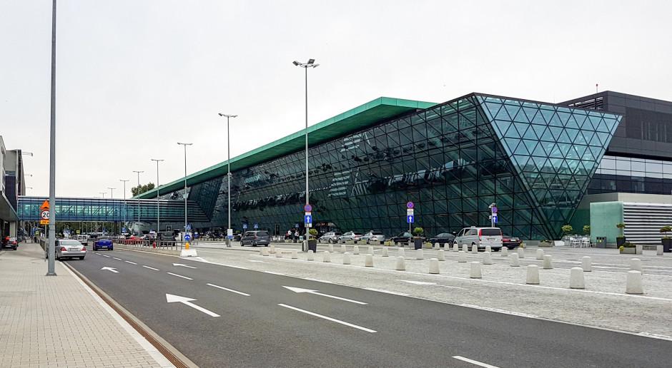 Lotniska do końca 2025 roku będą korzystały ze specustawy