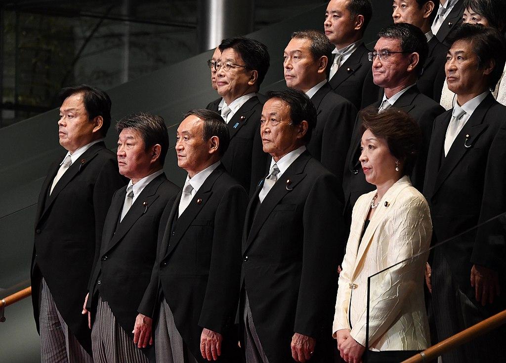 W gabinecie nowego premiera Japonii trudno dopatrzeć się istotnych zmian. Fot. Kantei.go.jp/wikimedia, licencja CC BY 4.0
