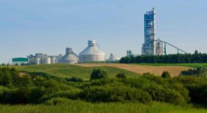 Białoruski cement zalewa nasze budowy. Łukaszenka kopie pod polskimi fabrykami