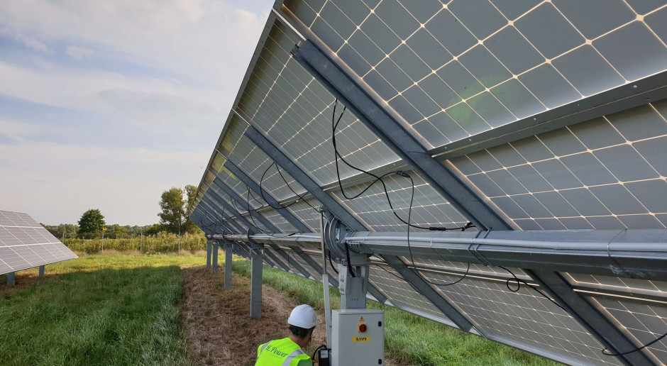 R.Power zaczyna budowę farmy PV wykorzystującej trackery solarne