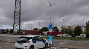 Działa już pierwsza w Polsce ładowarka na latarni