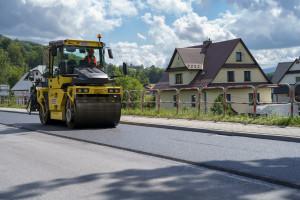 Asfalty z najwyższej półki są już na drogach samorządowych