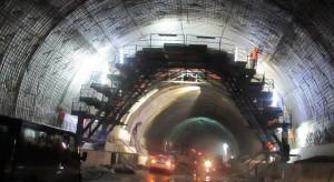 Koronawirus na budowie tunelu ekspresowej Zakopianki