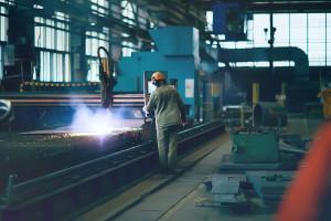 Produkcja przemysłowa zaskoczyła. Polska zostawia Europę z tyłu