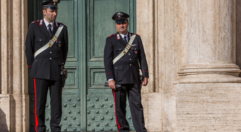 Włochy: Ekspert: Godzina policyjna nie jest skuteczna w walce z pandemią