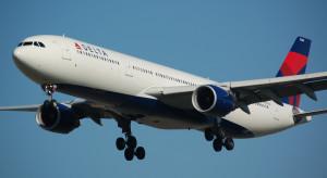 Kilkuset maseczkosceptyków z zakazem lotów