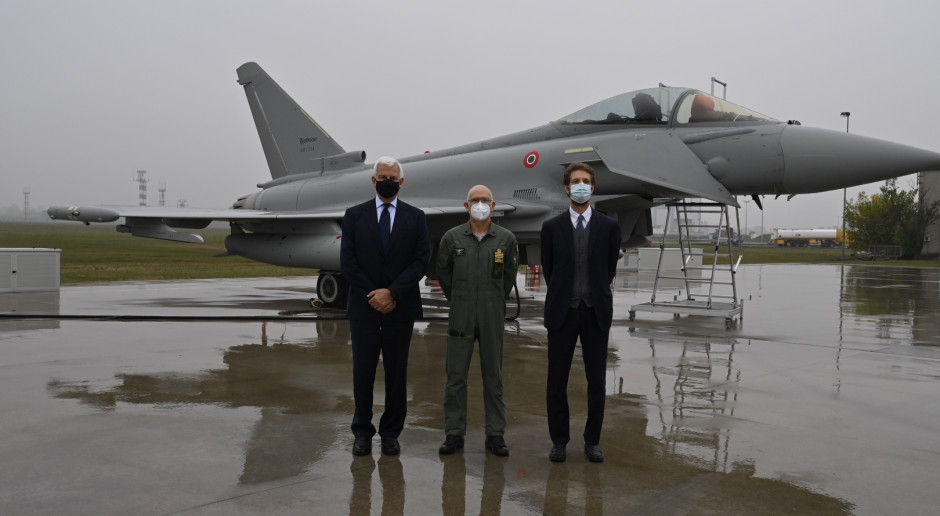 Włoscy lotnicy dostali ostatni samolot Eurofighter Typhoon. To też nadal propozycja dla Polski