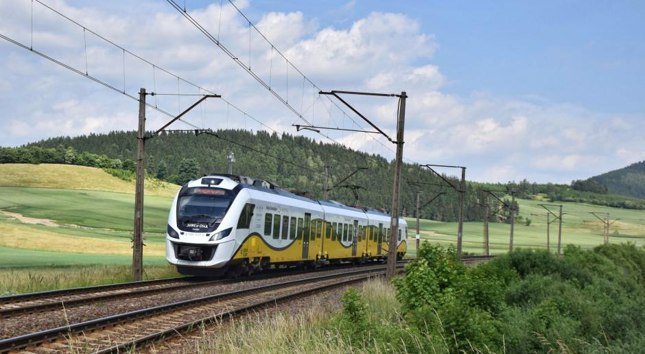 UTK dopuścił do ruchu pierwsze w Polsce pociągi hybrydowe wyprodukowane przez Newag