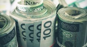 Pensja częściej niż raz na miesiąc. Ten pomysł ma wielu zwolenników