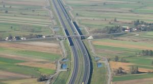 Podpisano umowy o dofinansowanie projektów drogowych. Ich wartość to ponad 2,3 mld zł