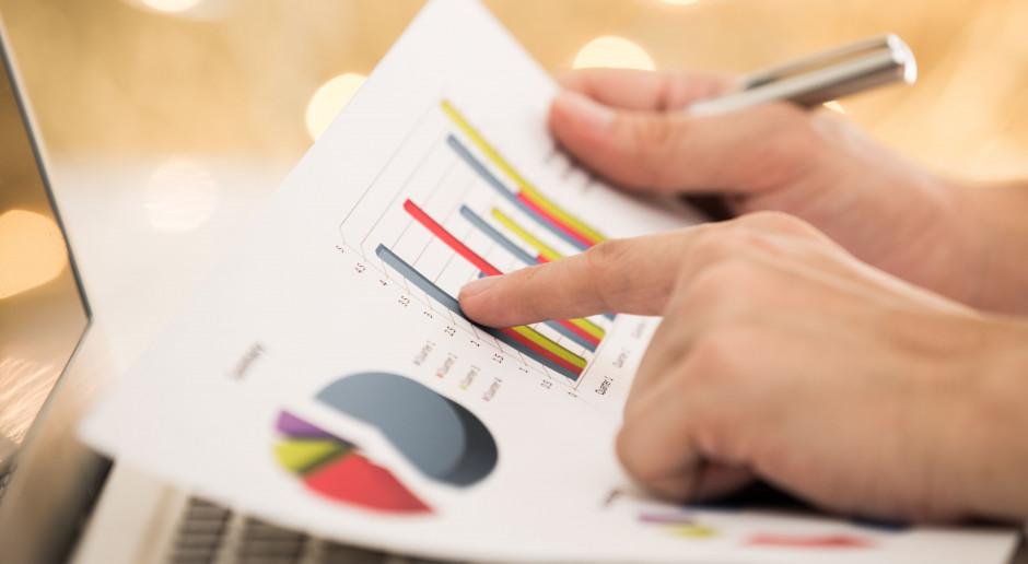 Pekao: Wskaźnik PMI wskazuje na kontynuację umiarkowanego ożywienia w przemyśle
