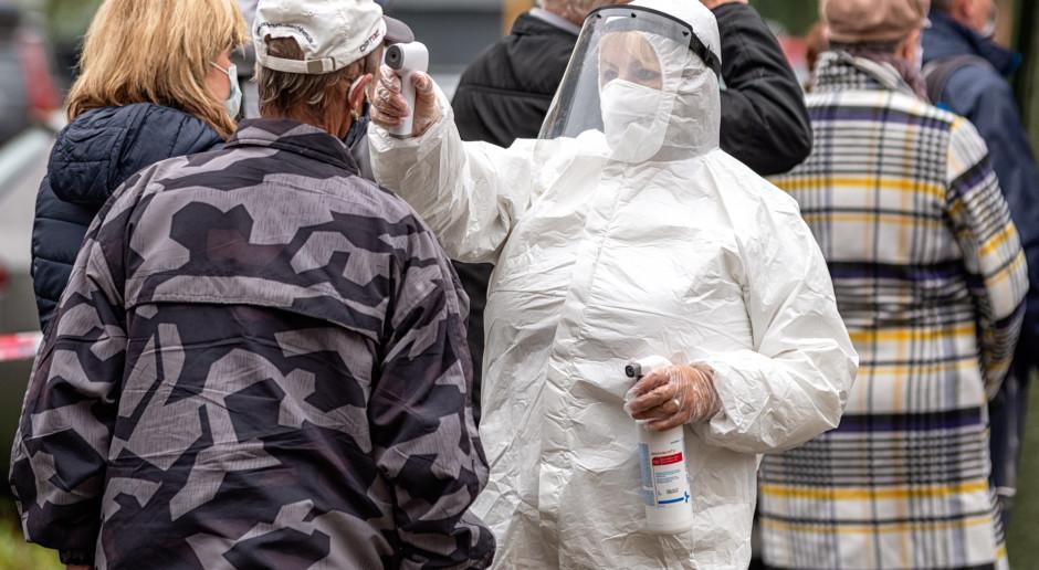 Reuters: Koronawirusem na całym świecie zakaziło się ponad 50 mln osób